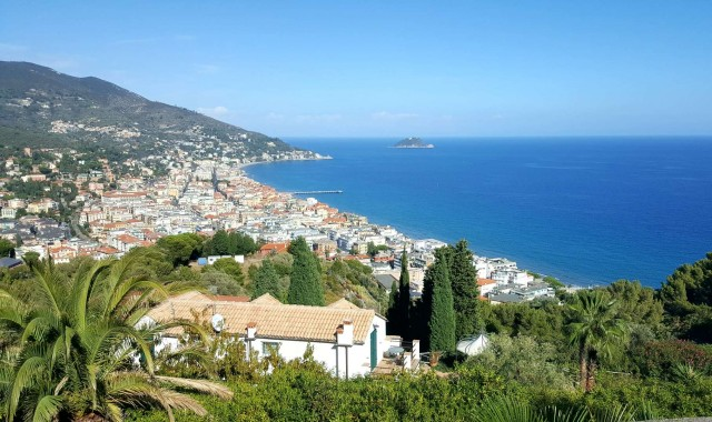 Special offer Hotel Alassio May June and September 2018 - NON REFUNDABLE