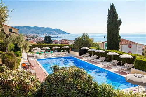Stay 7 nights Pay 6 in Liguria